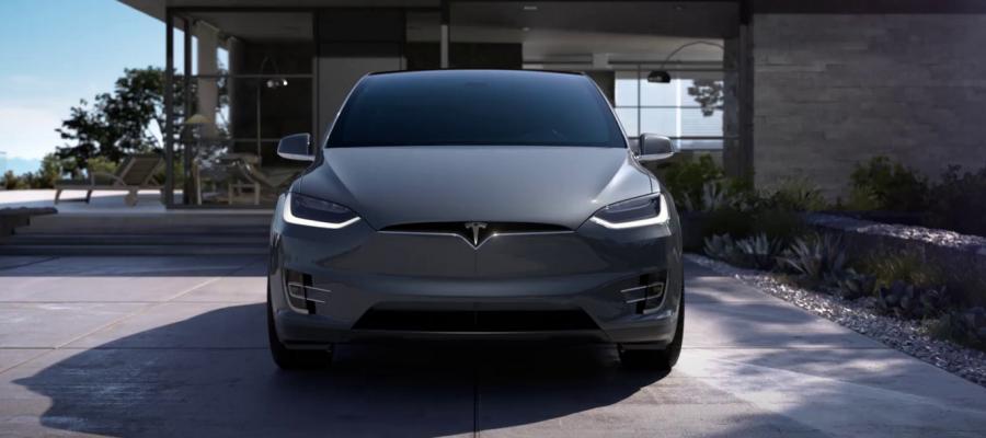 Piloto automático Tesla